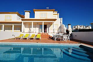 4 Bed room Villa Albufeira + private pool+snokker Algarve-Faro