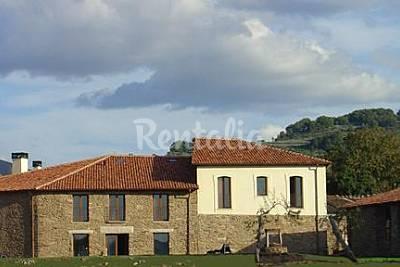 2 case per 1-23 persone con piscina Ourense