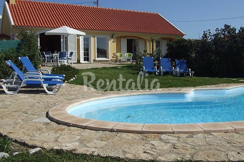 Casa de f rias com piscina a 500 metros da praia colares for Piscina 100 metros portugal