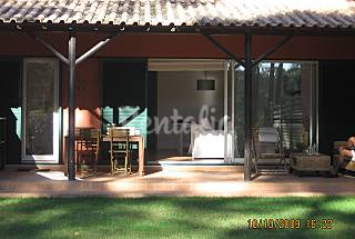 3 bedroom house with garden in a golf resort Setúbal