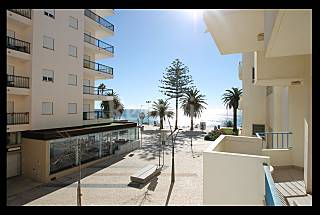 Apartment with 2 bedrooms on the beach front line Algarve-Faro
