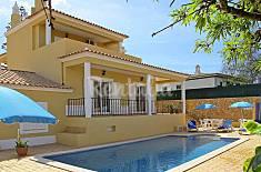 Villa with 4 bedrooms 1.5 km from the beach Algarve-Faro