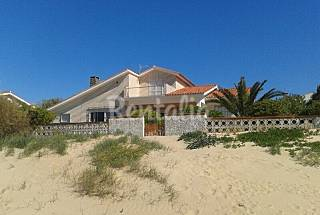 Steps from the Beach, 6 Bedrooms Huelva