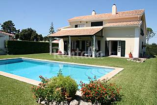 Villa for 6-8 people 12 km from the beach Setúbal