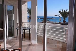 Apartamento para 4-5 personas en 1a línea de playa Alicante
