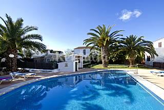 Viviendas de 2 o 3 habitaciones con piscina Menorc Menorca