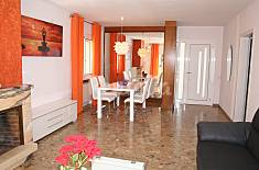 Villa for rent with private garden Barcelona