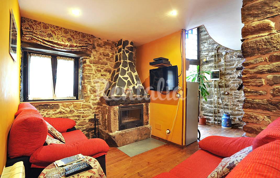 Las mejores casas rurales con chimenea idealista news - Casa rural 11 personas ...