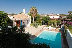 Stunning villa with private pool and garden Ragusa