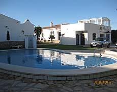 Bungalows Alhambra for rent with swimming pool Tarragona