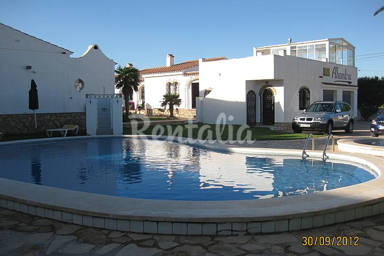 Bungalows Alhambra For Rent With Swimming Pool Miami Playa Mont Roig Del Camp Tarragona