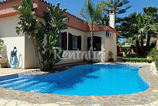 Villa for rent only 500 meters from the beach Cádiz