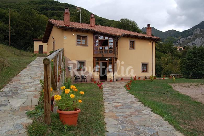 3 case rurali con giardino privato faedo quir s asturie for Case livorno con giardino