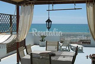Apartment with 1 bedroom only 50 meters from the beach Rome