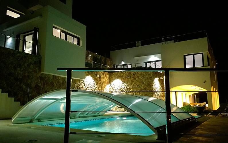 3 estudios de encant en alquiler a 800 m de la playa las for Alquiler estudio almeria