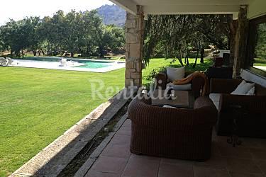 Villa Exterior del aloj. Madrid Manzanares el Real Villa en entorno rural