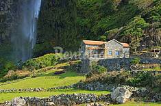 Casas da Cascata Flores Island