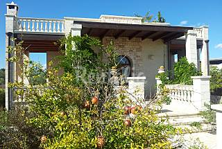 Villa with 1 bedroom only 900 meters from the beach Bari