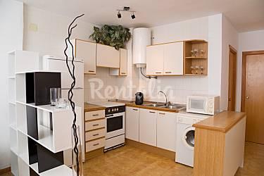 Bonito apartamento a 12 metros de la playa norte for Cocinas castellon precios