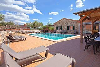 4 Houses 15 km from the beach Majorca