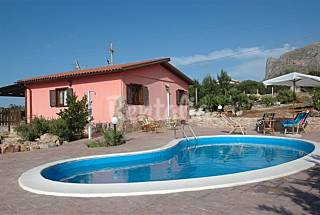 Villa for rent 3 km from the beach Trapani