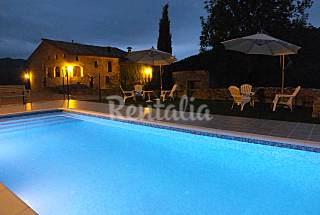 Villa for 20-25 people with swimming pool Girona