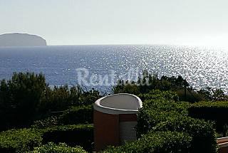 Frente al mar andando a la playa Ibiza/Eivissa