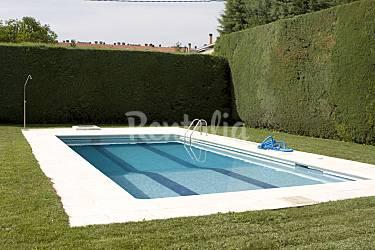 Casa de 5 habitaciones con piscina haro rioja la for Camping en la rioja con piscina