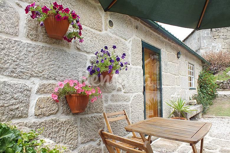 pedras para jardim viseu : pedras para jardim viseu:Casa com 1 quarto com jardim privado – Vouzela (Viseu) Rota dos vinhos