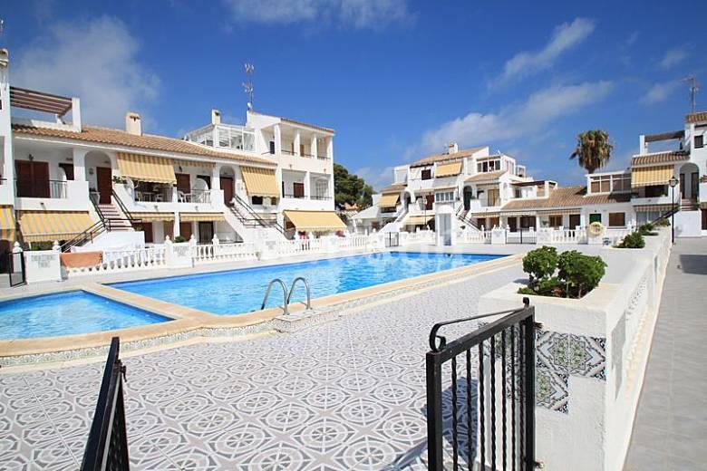 Apartamento en alquiler a 1100 m de la playa torrevieja alicante costa blanca - Alquilar apartamento en torrevieja ...