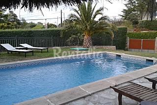 Villa con piscina en Madrid de 4-13 Madrid