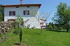 Maison pour 10-12 personnes avec jardin privé Navarre