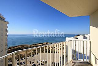 Apartment with 2 bedrooms only 30 meters from the beach Algarve-Faro