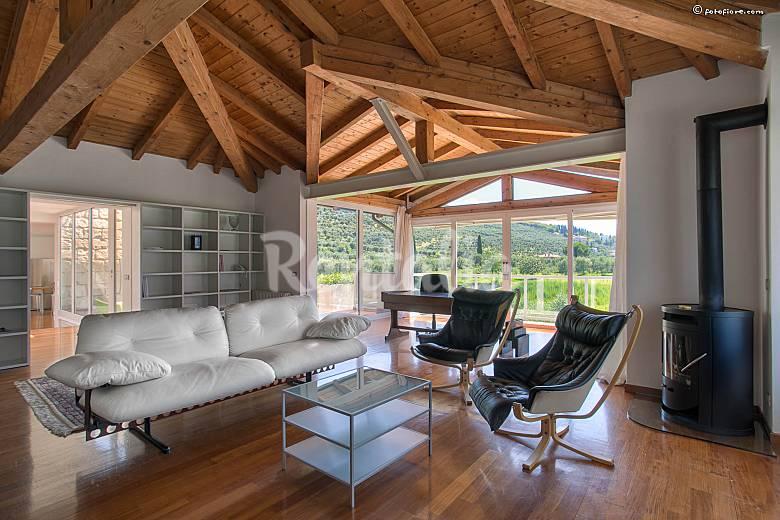 3 Living-room Trentino Riva del Garda Apartment