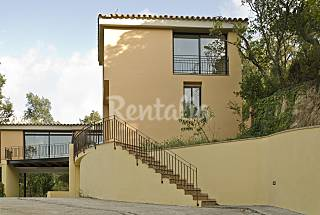 Villa de 4 habitaciones a 10 km de la playa Girona/Gerona