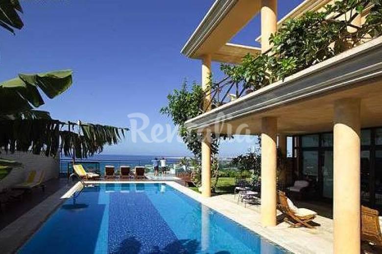 Villa with beautiful sea views san agustin san for Villas en gran canaria