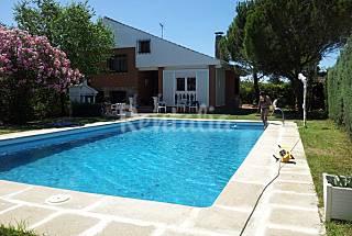 Casas de vacaciones en guadalajara castilla la mancha for Casas rurales con piscina en castilla la mancha