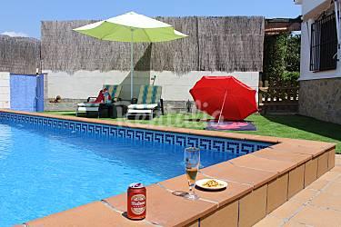 Villa la dehesa a 5 minuto de la playa torrox costa for Piscina publica malaga