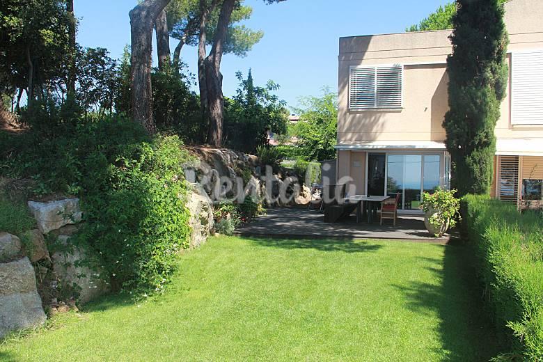 Casa en alquiler a 2 km de la playa sant feliu de - Casas sant feliu de guixols ...