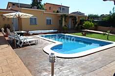 Chalet para 4 personas, con piscina privada. Tarragona
