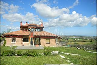 Villa with 4 bedrooms 15 km from the beach Rimini
