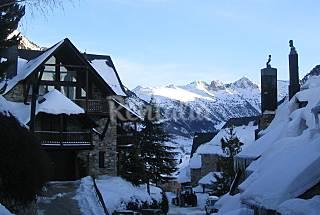 Luxurious ski lodge in Baqueira Beret Lerida