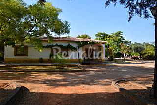 Casa para 8-9 personas con piscina  Badajoz