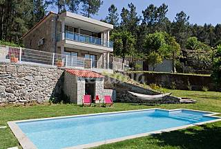 Gerês: Luxury House | Swimming pool and jacuzzi Braga