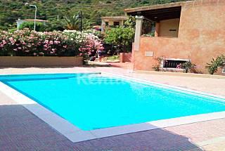 Villa de Cerdeña con residencia piscina junto al mar Olbia-Tempio