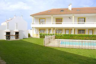 Pedro 2639AL, 6-9 people,100 meters from the beach Leiria