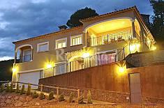 Villa pour 14 personnes à 3 km de la plage Gérone