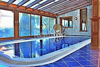 Las Rozas Deluxe Villa for 12 people Madrid