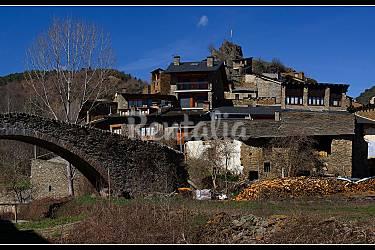Casa ferrer a 20 km de andorra castellbo montferrer i - Casa rural pirineo catalan ...