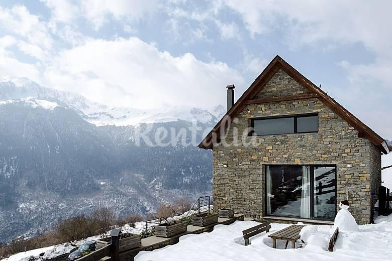 Casa con 3 stanze con giardino privato Lleida